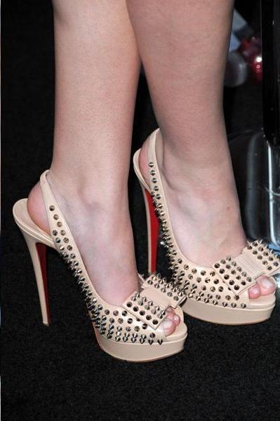 9- shoes