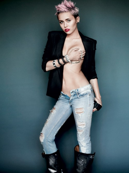 miley-cyrus-by-martio-testino-for-v-magazine-2013-photosvideo-05