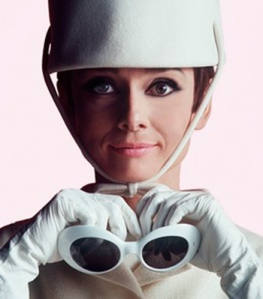 oliver-goldsmith-audrey-hepburn-how-to-steal-a-million-sunglasses